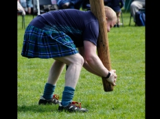 Francesca Keohe ~ Lifting the Caber