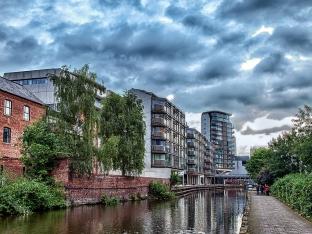 Paul McLaughlin ~ Canal Walk